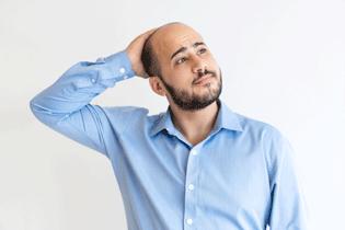 Rụng tóc và hói đầu – Nguyên nhân và cách khắc phục