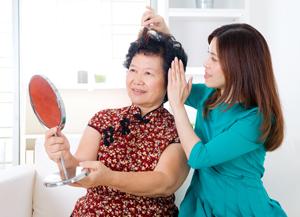 Hạn chế tóc rụng thời kì mãn kinh